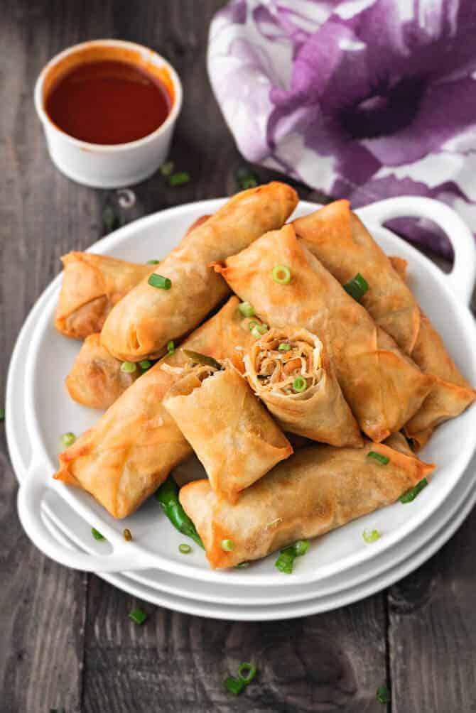 homemade Veg Spring rolls, How to make vegetable spring rolls recipe. Easy Veg Spring roll recipe. Chinese spring roll