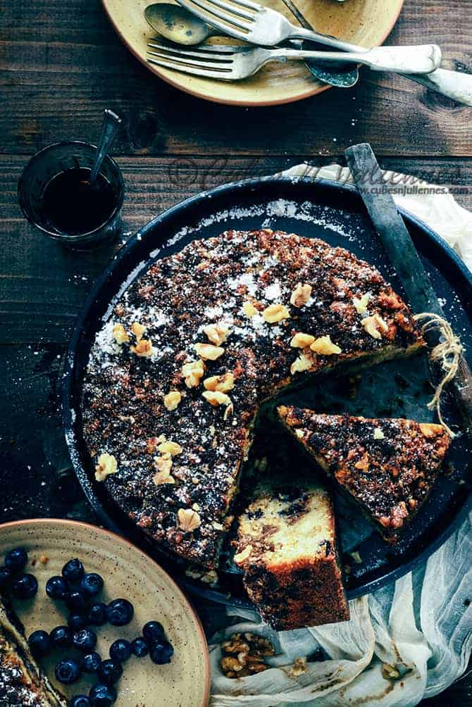 Spiced-Blueberry-crumb-coffee-Cake_1_670
