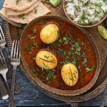 egg curry recipe. anda curry recipe. tariwali agg curry.