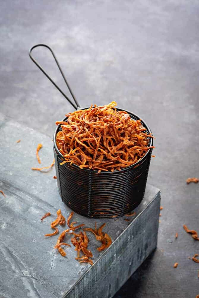 Beresta. Crisp fried onions. how to store fried onions.