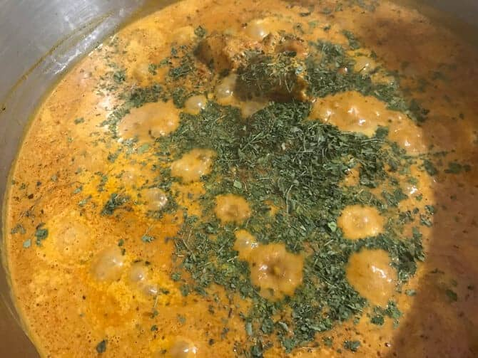 how to make tikka masala gravy