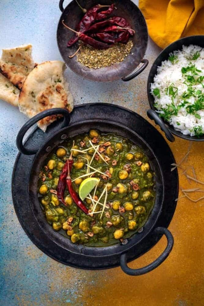 Chole Palak Curry Recipe (Chana Palak)
