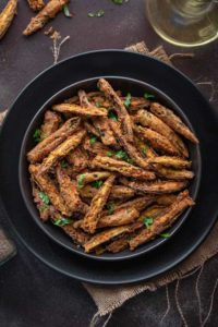 kurkuri bhindi recipe, bhindi kurkuri, fried okra, okra fry, crispy bhindi fry, karari bhindi