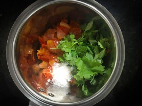 Step to make onion tomato chutney