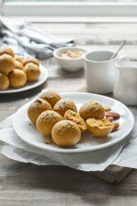 Besan Ladoo Recipe (besan ka laddu recipe)