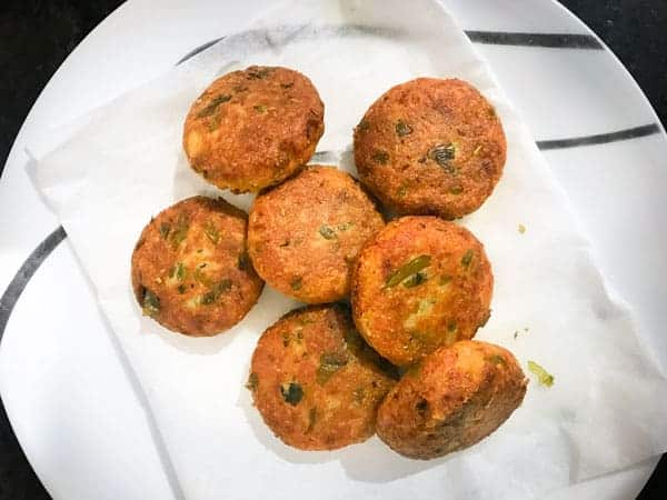 crispy fried paneer kababs on the plate