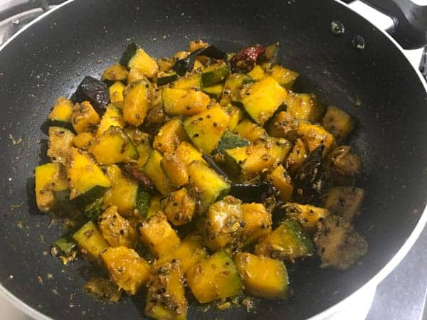 Cooked Kaddu ki Sabji ready in pan
