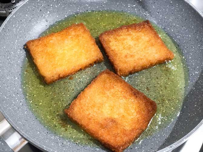 Bread slices fried until golden for the making of Delhi style shahi tukda recipe