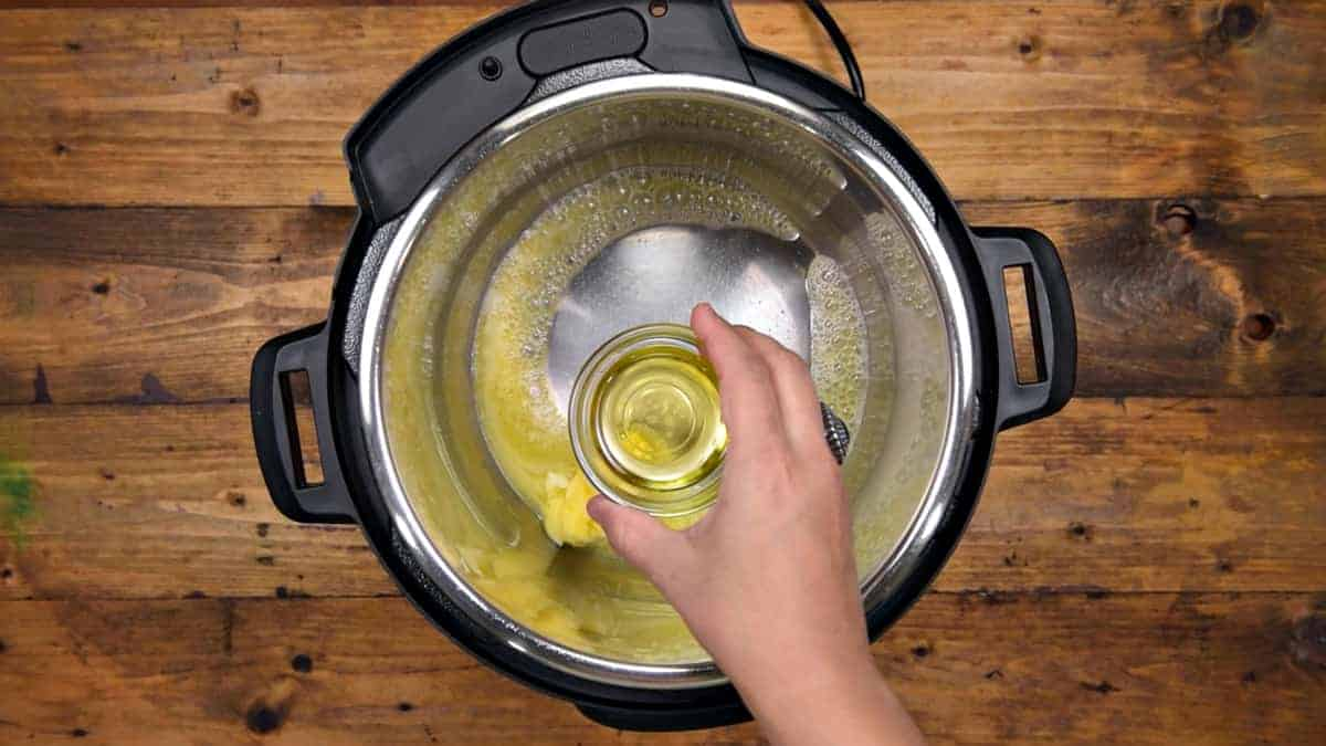Heating butter and oil in Instant Pot.