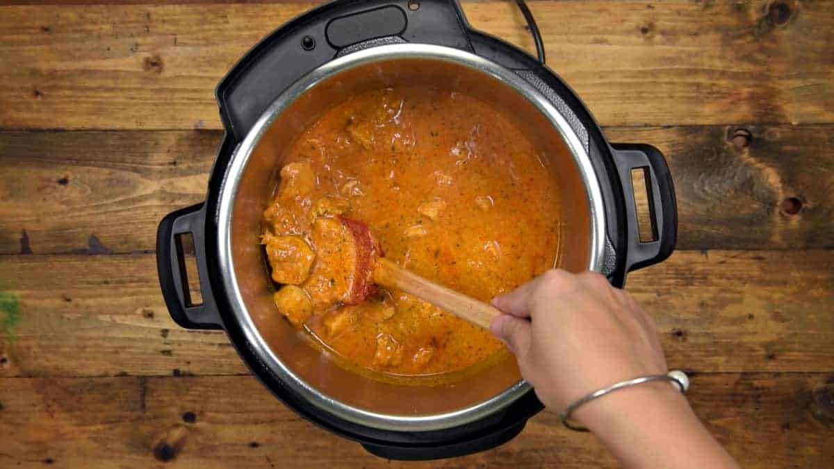Instant Pot Butter chicken ready to serve.